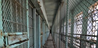 https://commons.wikimedia.org/wiki/Category:Prison_cell_blocks#/media/File:More_cells_(8904425865).jpg
